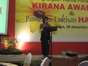 Sambutan Ny. Nina Soekarwo kepada para peraih Kirana Award 2009